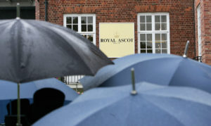 Royal-Ascot-umbrellas